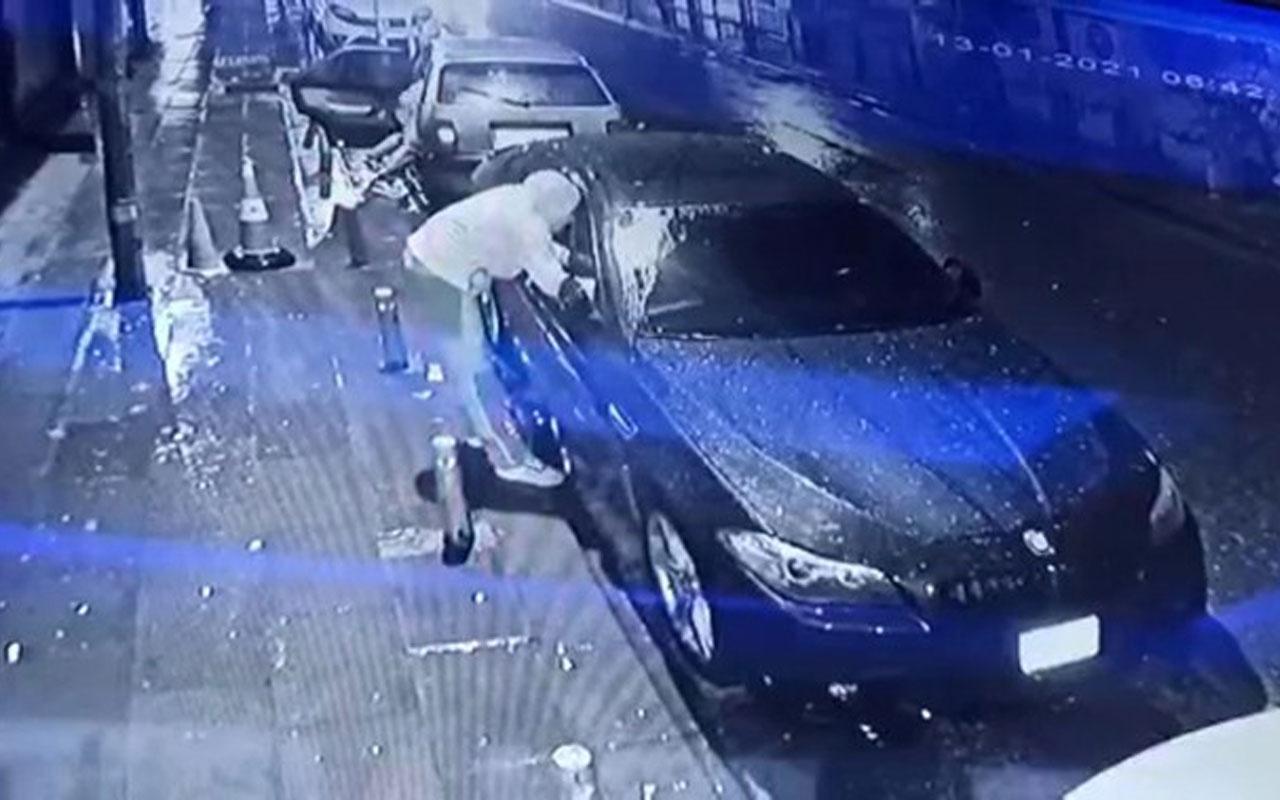 Esenler'de şok! Lüks araç vatandaşların gözü önünde soyuldu