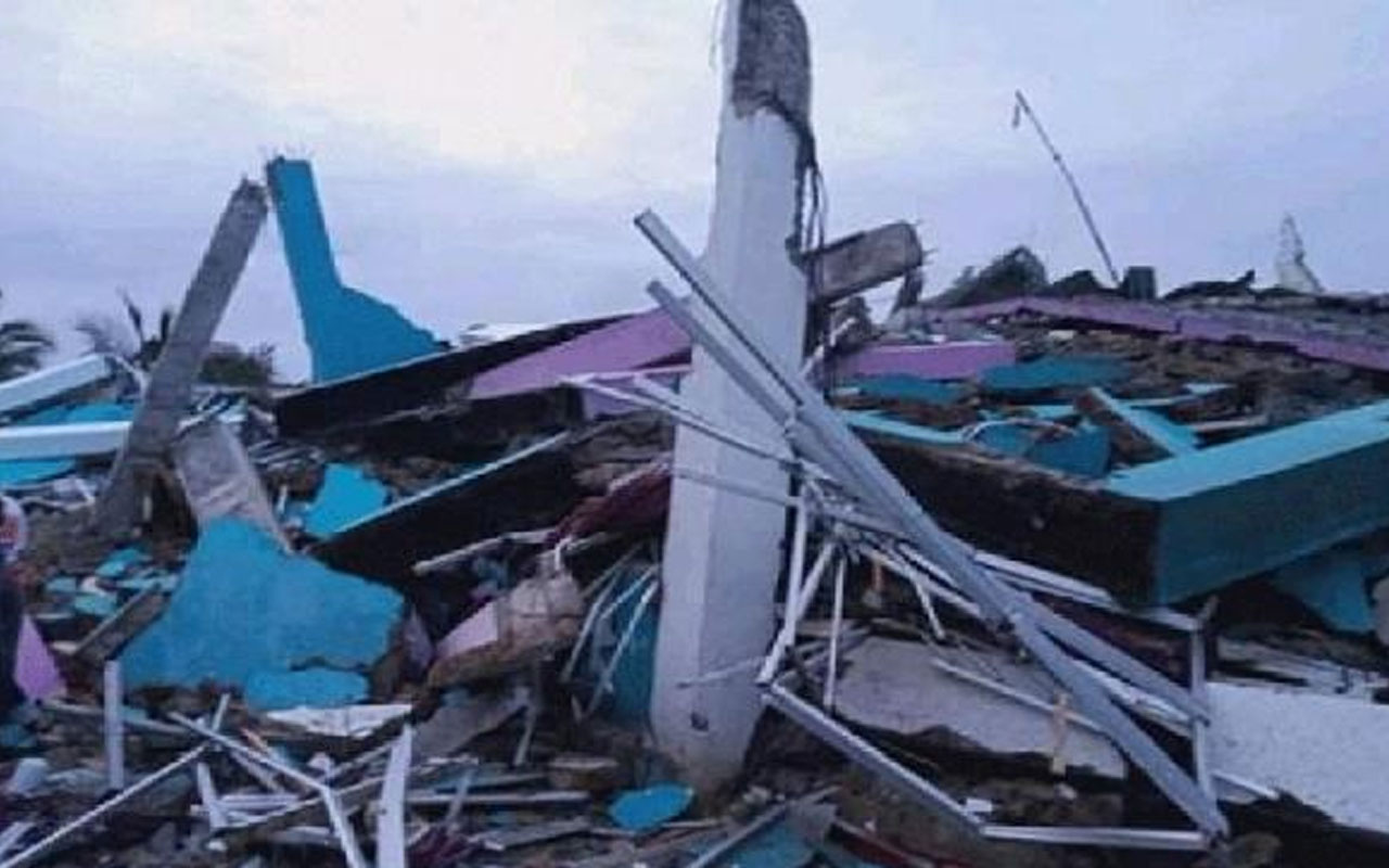 Endonezya'da 6,2 büyüklüğünde deprem! 35 kişi hayatını kaybetti