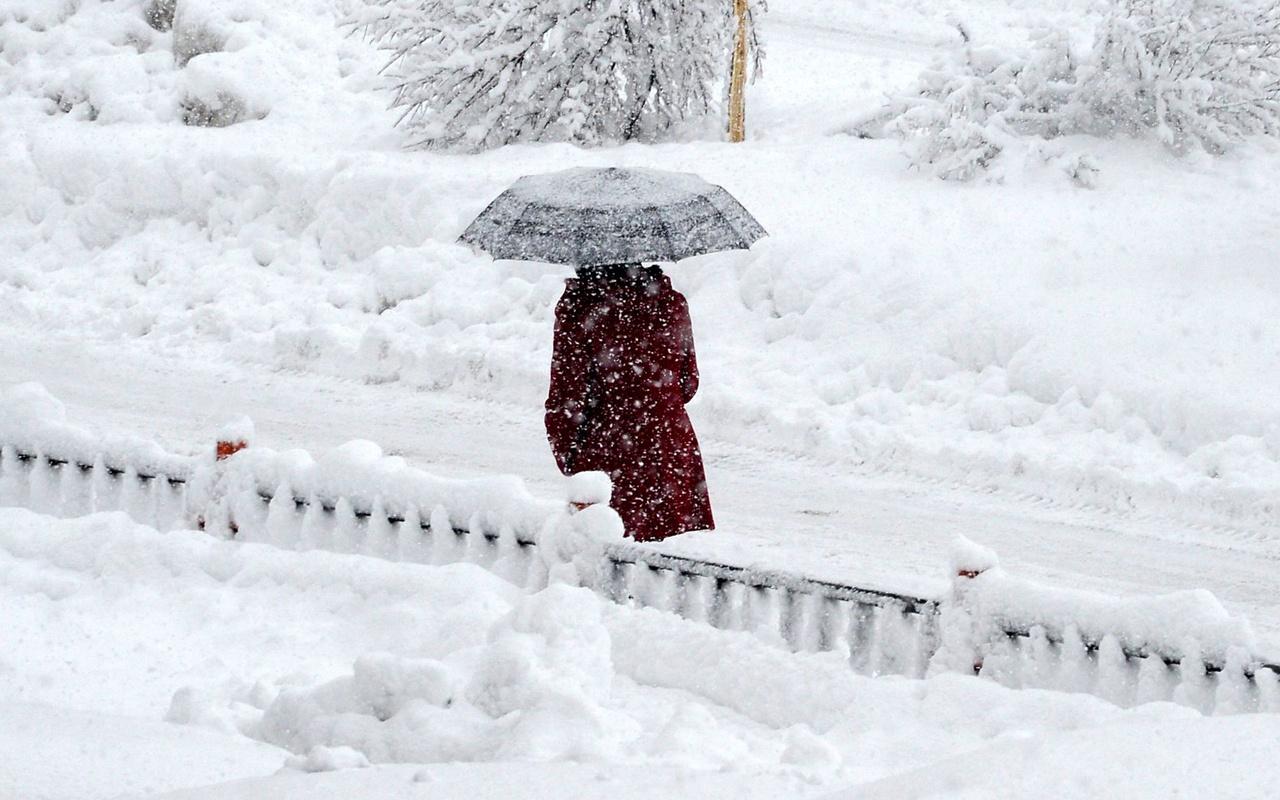 Dört yıldır böyle kar yağışı olmadı İstanbul'a 'Muhteşem kar' geliyor!