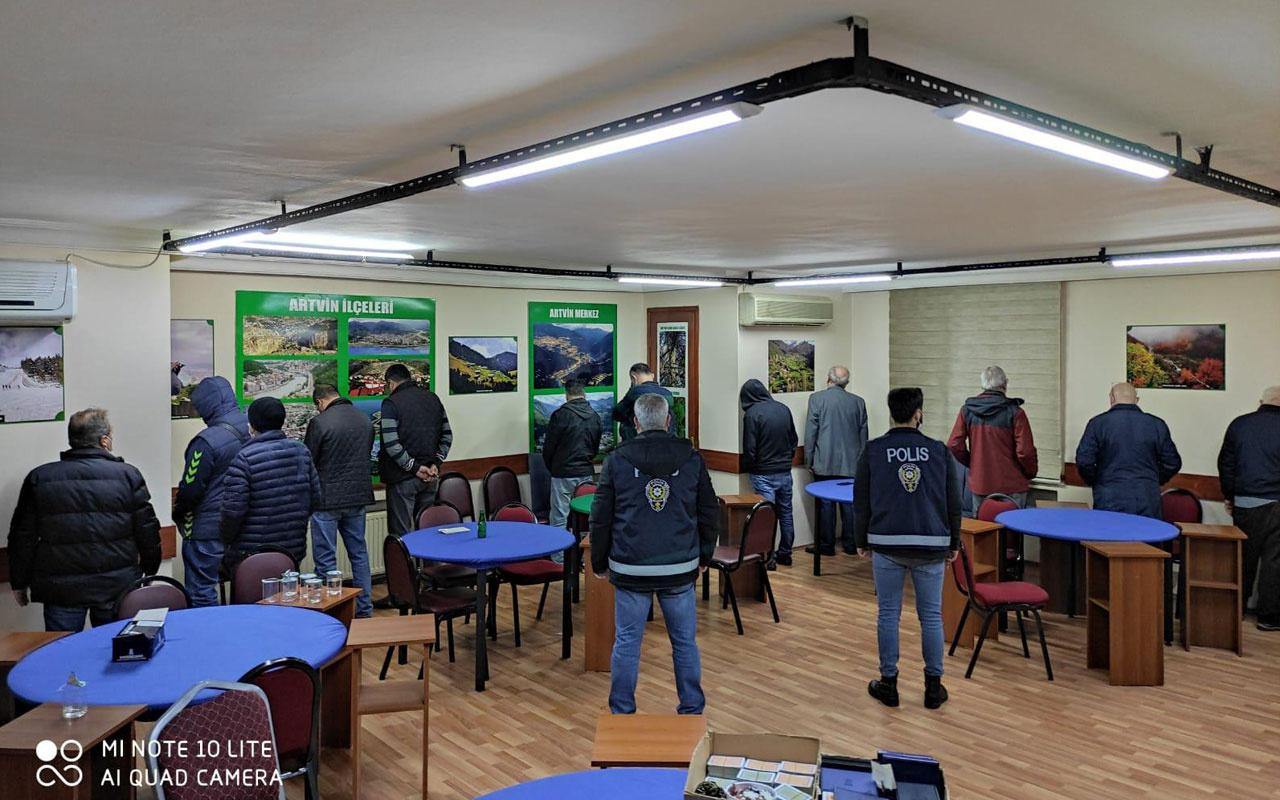 Maltepe'de kumar oynayanlar yine polise yakalandı