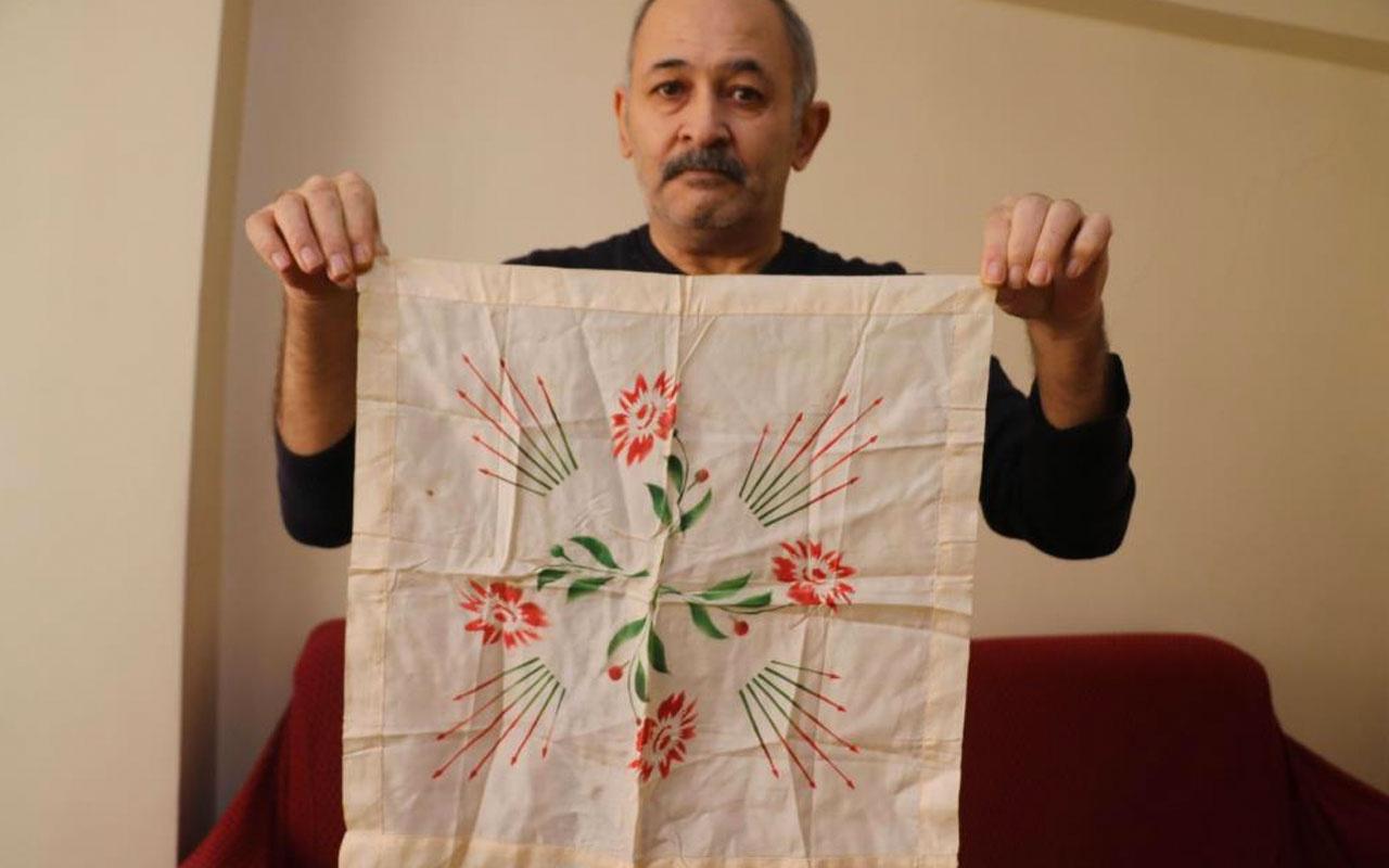 Gaziantep'te Atatürk'ün babasına hediye ettiği mendili satışa çıkardı