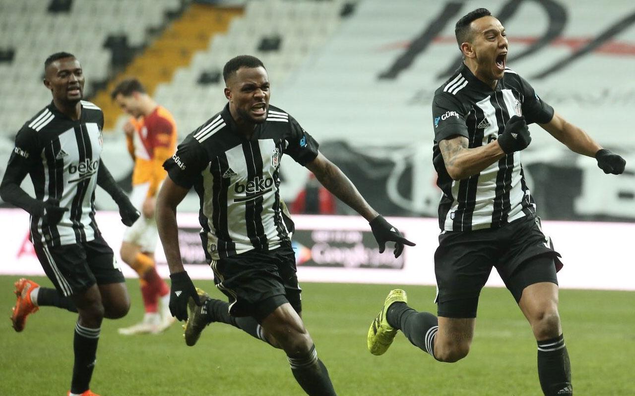 Beşiktaş Josef de Souza'nın sözleşmesini uzatıyor