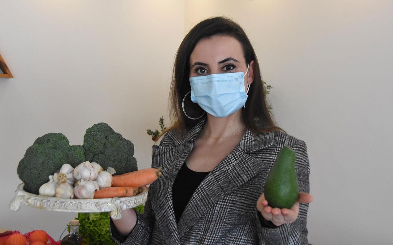 Uzmanından koronavirüsün hedefindeki akciğer için meyve ve sebze önerileri