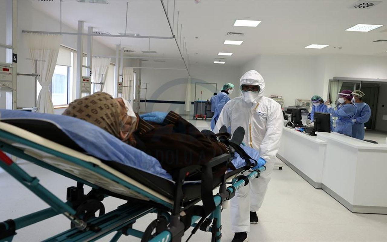 """Pandemi hastanelerinin yükü azaldı! """"1-2 ay içinde kısıtlamalar kalkabilir"""""""
