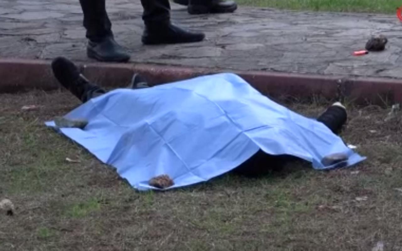 Adana'da çocuk parkında korkunç cinayet! Kafasından ve göğsünden vurularak öldürüldü