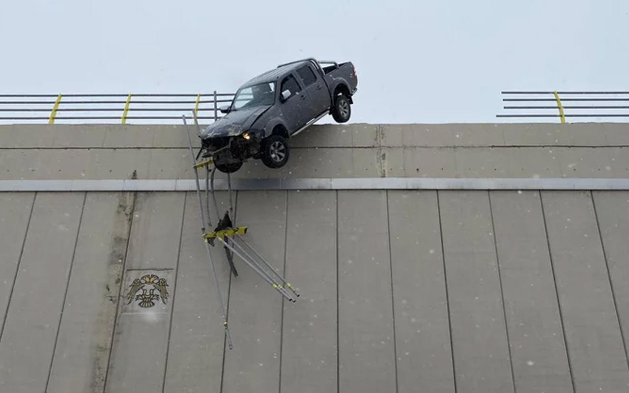 Konya'da köprüde böyle asılı kalmıştı! Meğer aracı 10 dakika önce satın almış