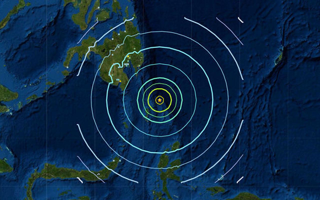 Filipinler açıklarında 7 büyüklüğünde deprem meydana geldi