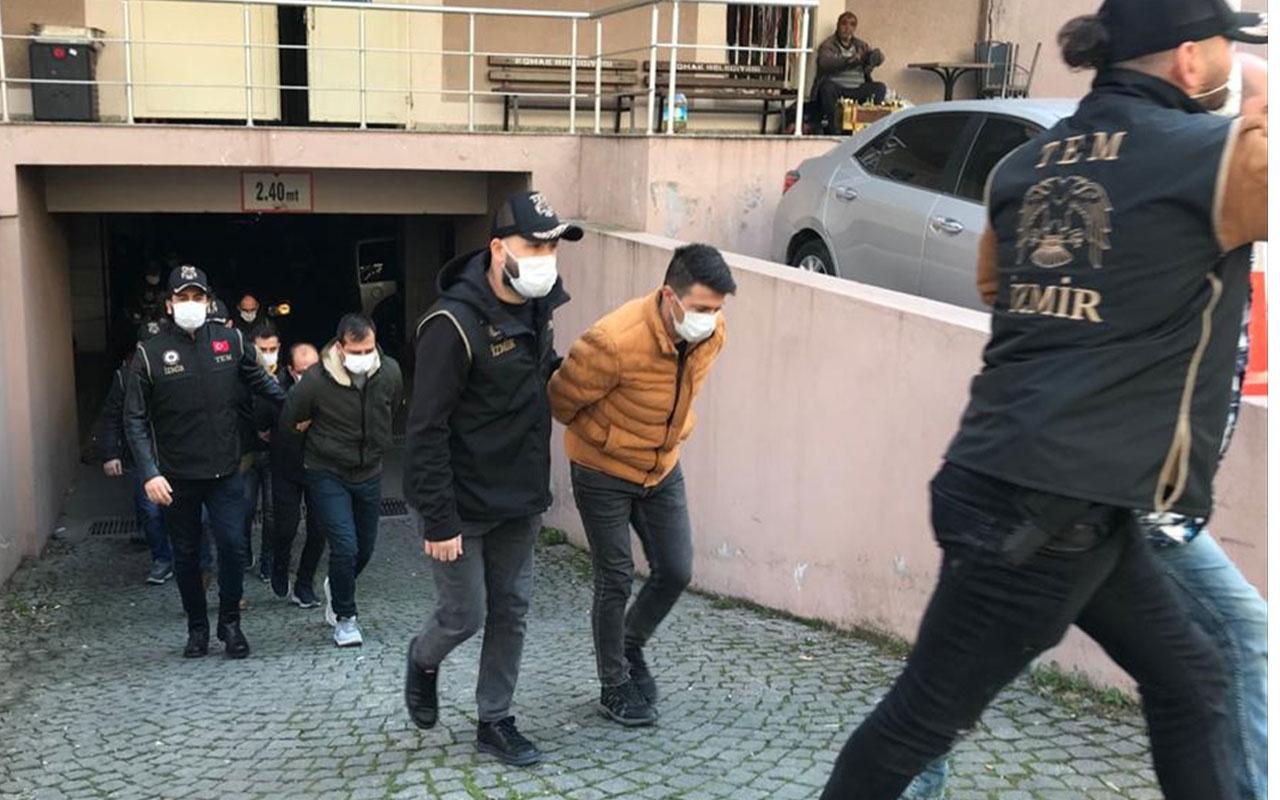İzmir merkezli FETÖ operasyonu! 25 şüpheli tutuklandı