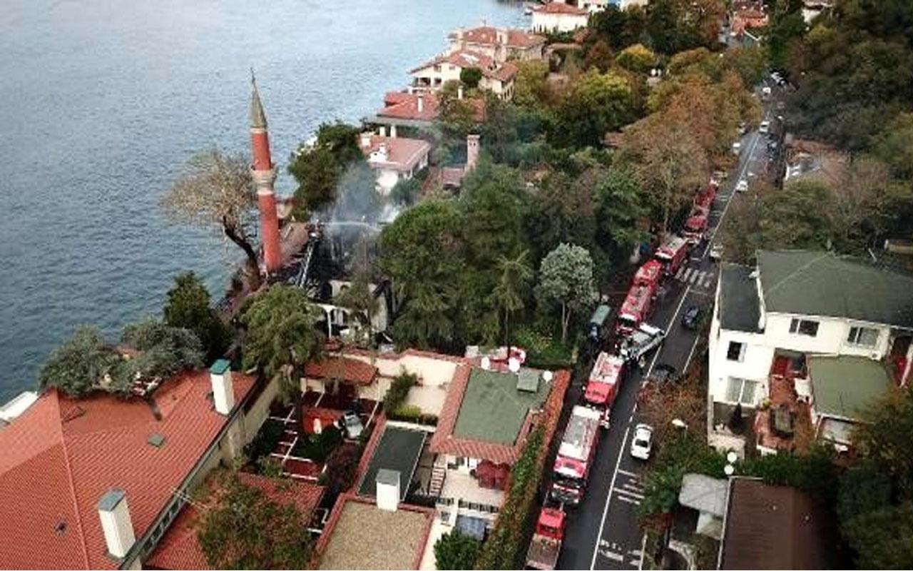 Soruşturma tamamlandı! Tarihi Vaniköy Camii'ndeki yangının nedeni elektrik tesisatı