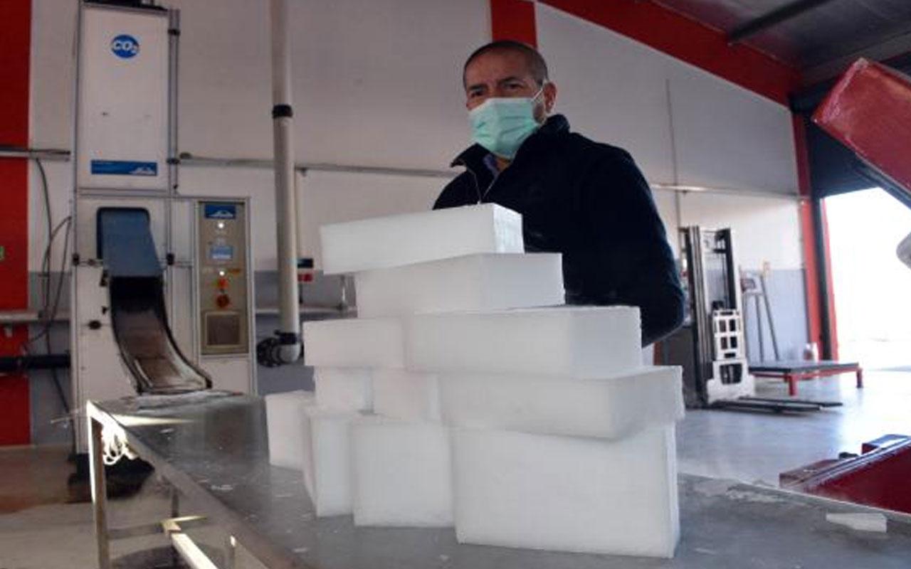 Günlük 6 ton üretim kapasitesi var! Alman aşısı, Maraş dondurması buzuyla taşınıyor