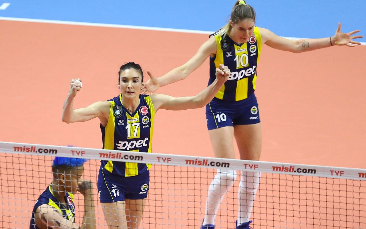 Fenerbahçe, Galatasaray'ı set vermeden geçti