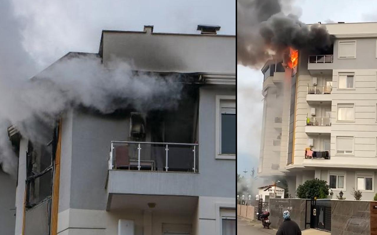 Antalya'da yaşadığı evi ateşe verdi! Kapısına not yazıp kaçtı