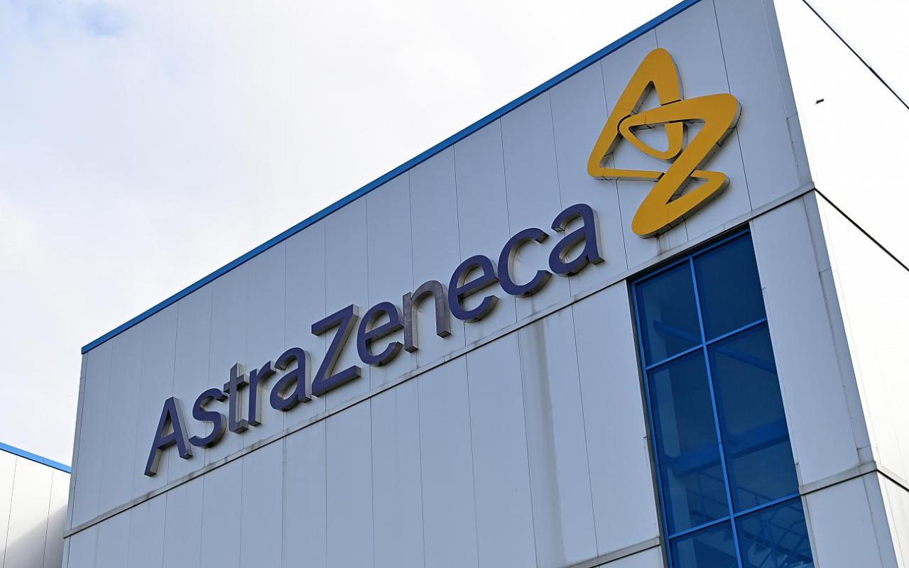 Son dakika! İngiltere'e korona aşısı üreten AstraZeneca  fabrikasına bomba imha polisleri çağrıldı