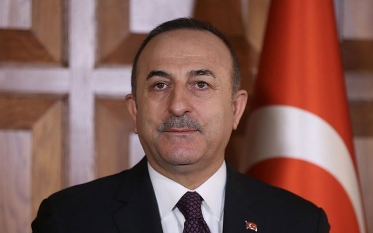 Mevlüt Çavuşoğlu açıkladı! Yunan Dışişleri Bakanı Dendias Türkiye'ye geliyor