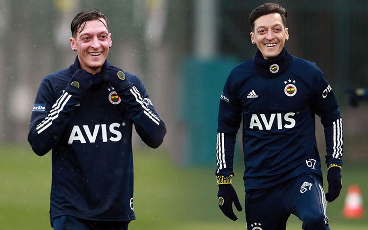 Mesut Özil'den Milli Takım ve Burak Yılmaz yanıtı