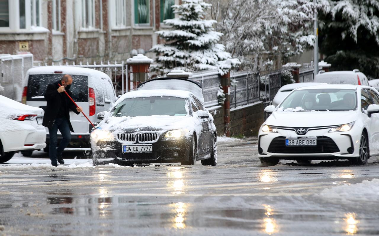 Bugün geldi meteoroloji yarım metre kar yağacak diyor İstanbul ve Ankara listede