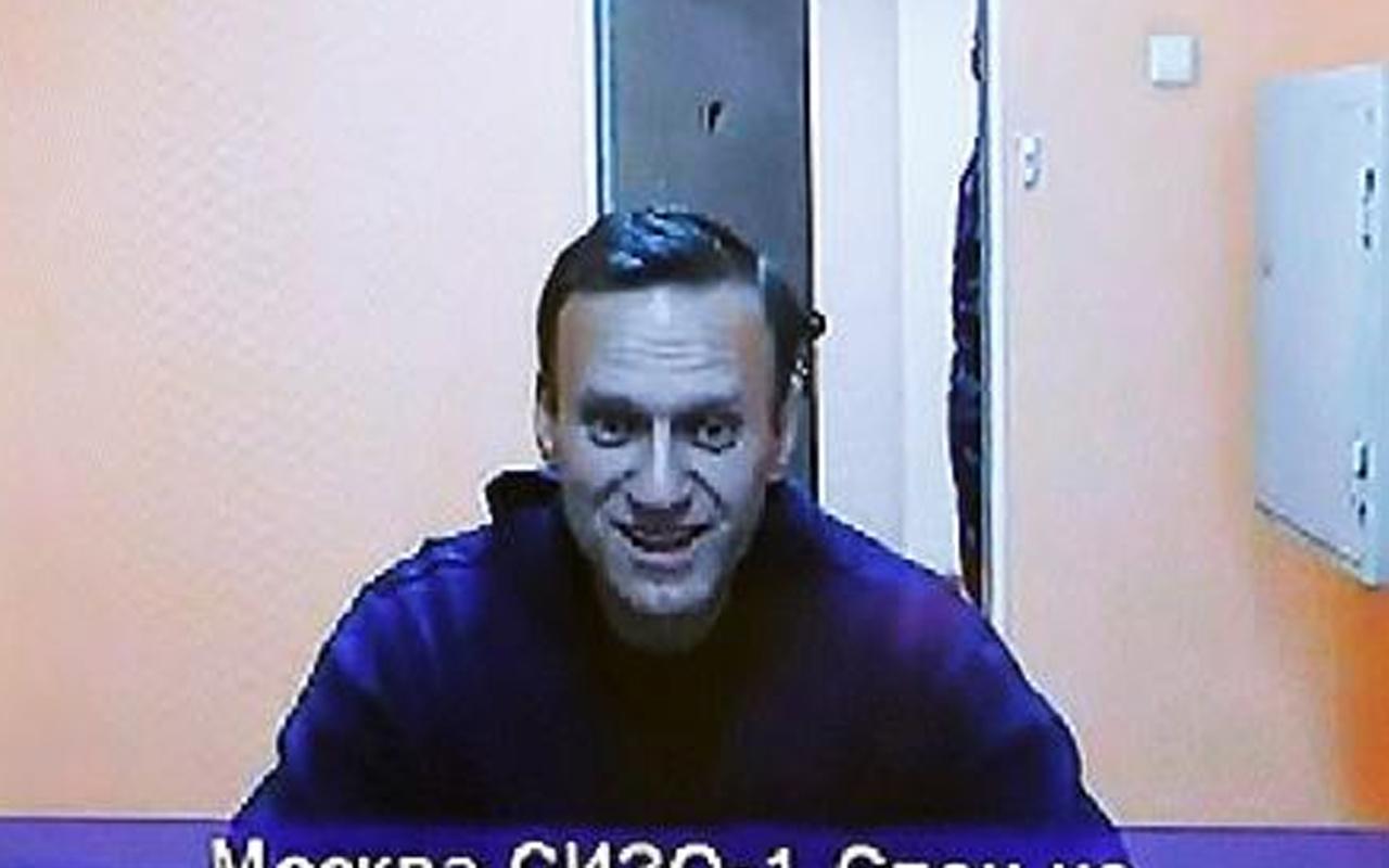 Rus muhalif Alexei Navalny'nin tutukluluk hali devam edecek