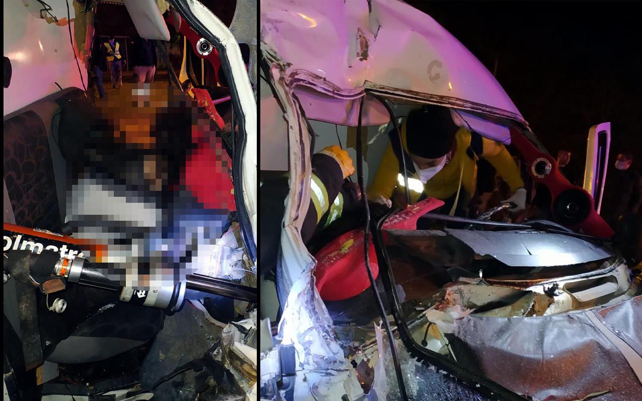 Manisa'da kırmızı ışıkta korkunç kaza! Ölü ve yaralılar var