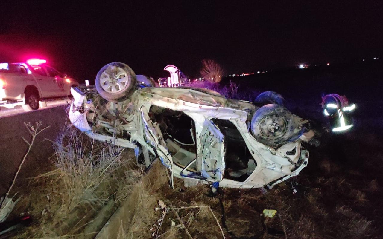 Şanlıurfa'da kamyon ile otomobil çarpıştı 4 ölü
