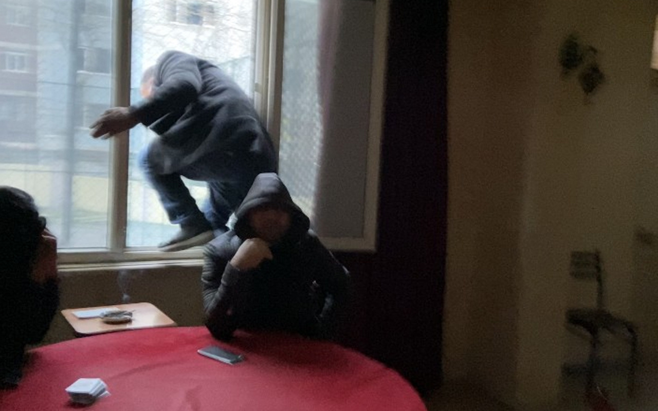 Esenyurt'ta aynı yere beşinci baskın! Yine camdan atlayıp kaçmaya çalıştılar
