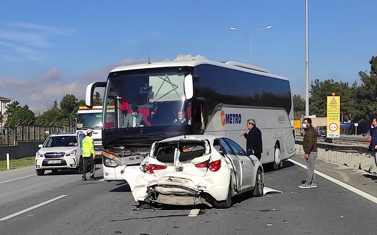 İstanbul'da trafiği kilitleyen kaza! Uzun araç kuyrukları oluştu