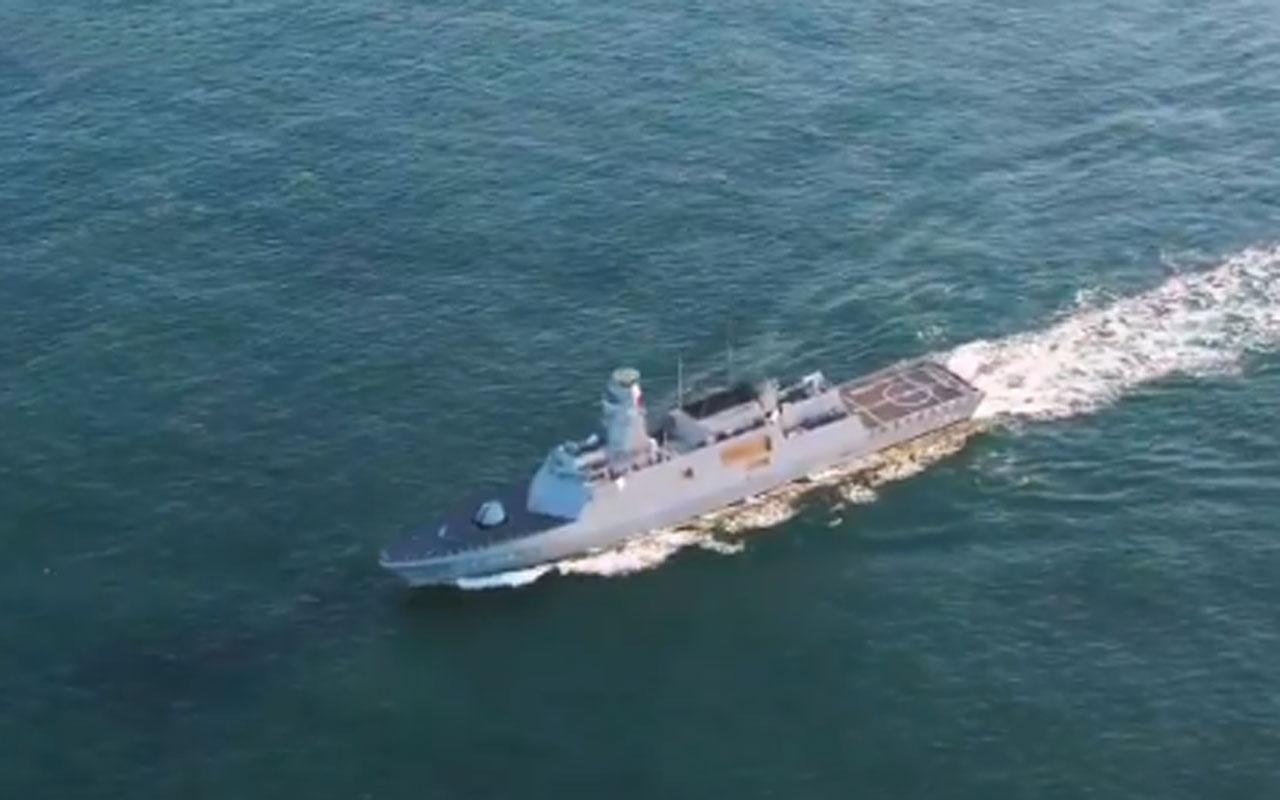 Milli gemi savar füze 'Atmaca' hedefi imha etti