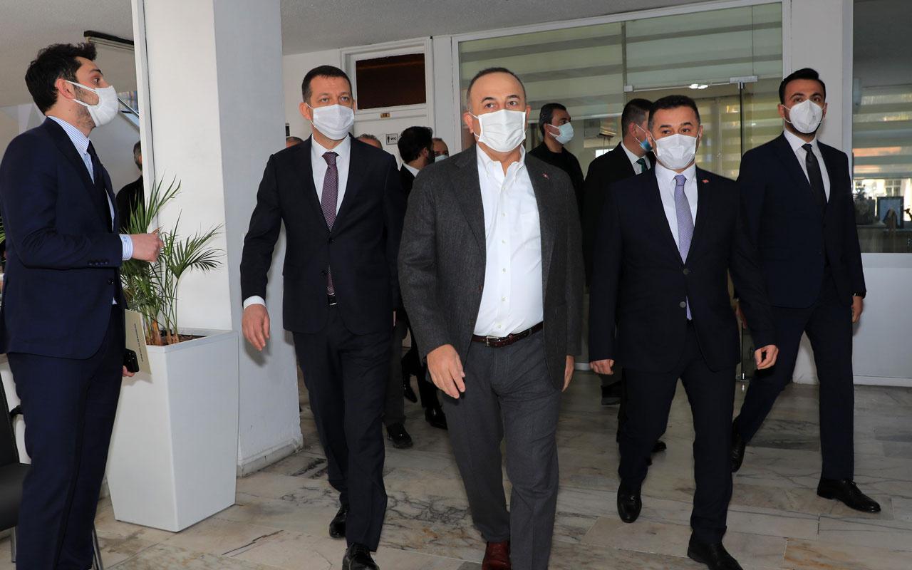 Mevlüt Çavuşoğlu'ndan vandalizm tepkisi