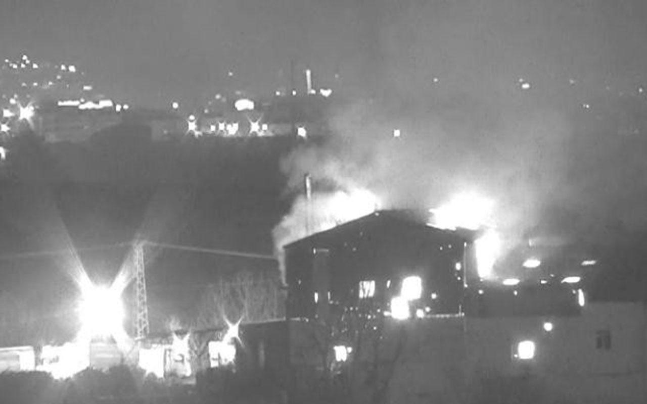 İstanbul Tuzla'da geri dönüşüm fabrikası alev alev yandı! İşte o anlar...