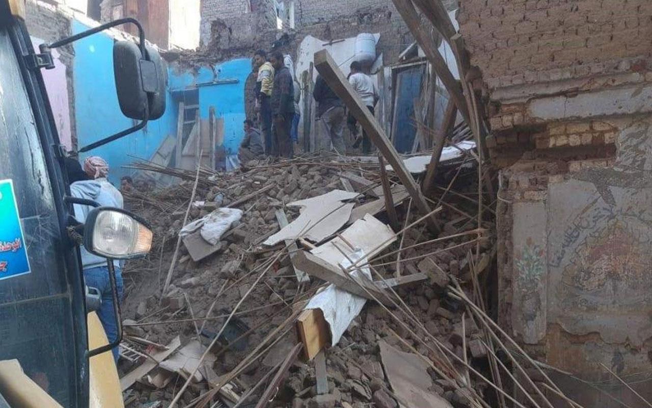 Mısır'da bina çöktü! 4 kişi hayatını kaybetti