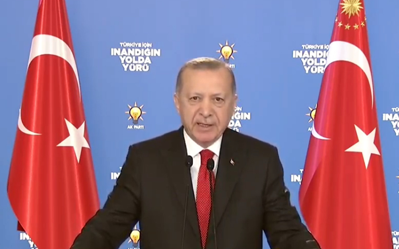 Cumhurbaşkanı Erdoğan çarşamba gününe işaret etti: Sizlere birçok güzellikleri orada takdim edeceğim