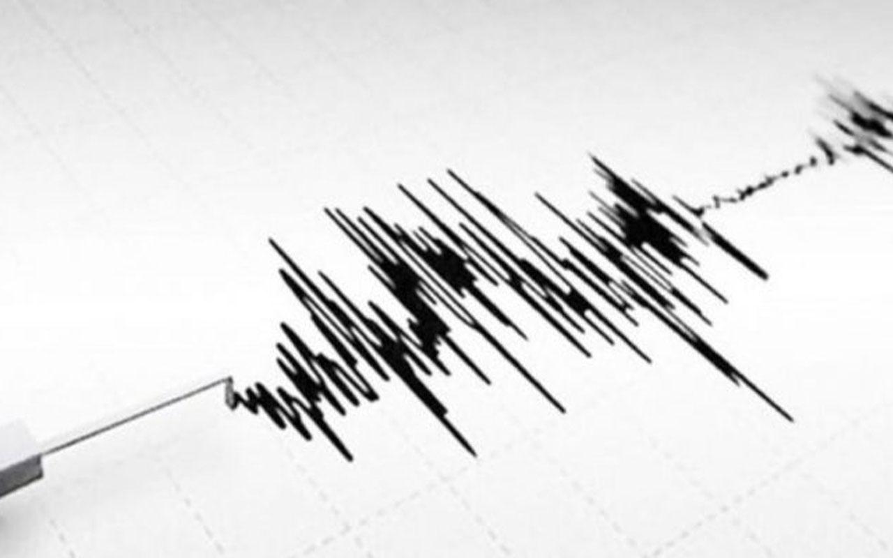 Endonezya şiddetli depremle sarsıldı! Ölüler var