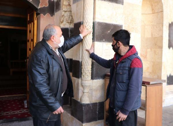 Turistler akın etti! Gaziantep'teki camideki düzenekler görenleri şaşırttı sebebi ise...