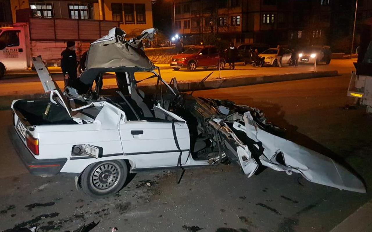 Karabük'te korkunç kaza! Otomobil hurdaya döndü kağıt gibi yırtıldı