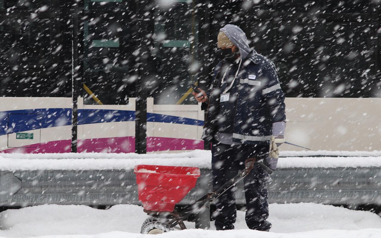 Yarın kar geliyor meteoroloji tahminini değiştirdi İstanbul'da sabah başlıyor