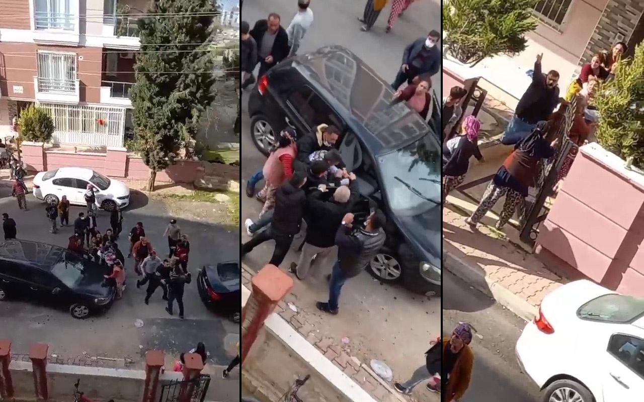 Otomobile kafa attı! Antalya'da ortalık savaş alanına döndü