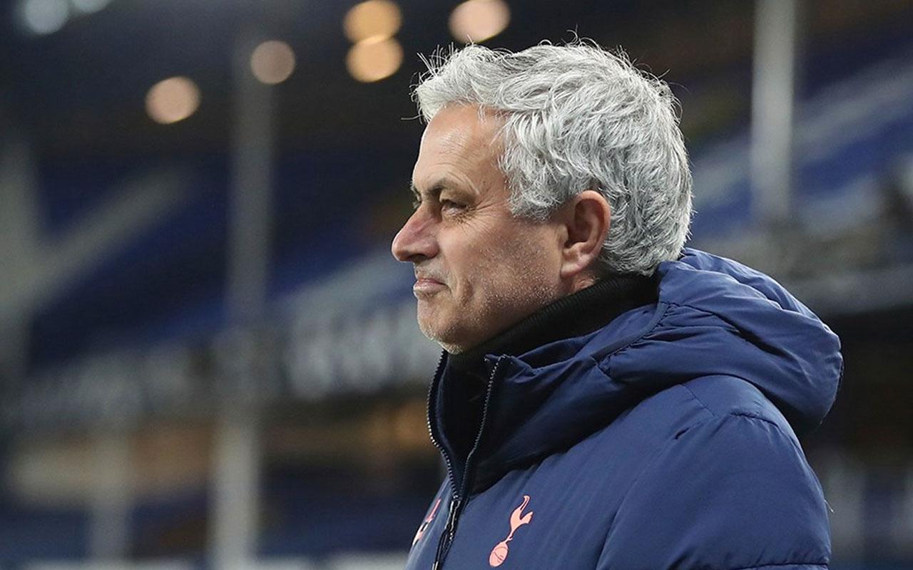 Tottenham'da Jose Mourinho'nun koltuğu sallantıda