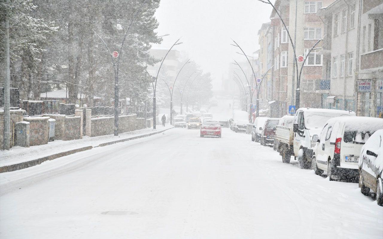 İstanbul'da kar yağışı kaç gün sürecek? Meteoroloji açıkladı