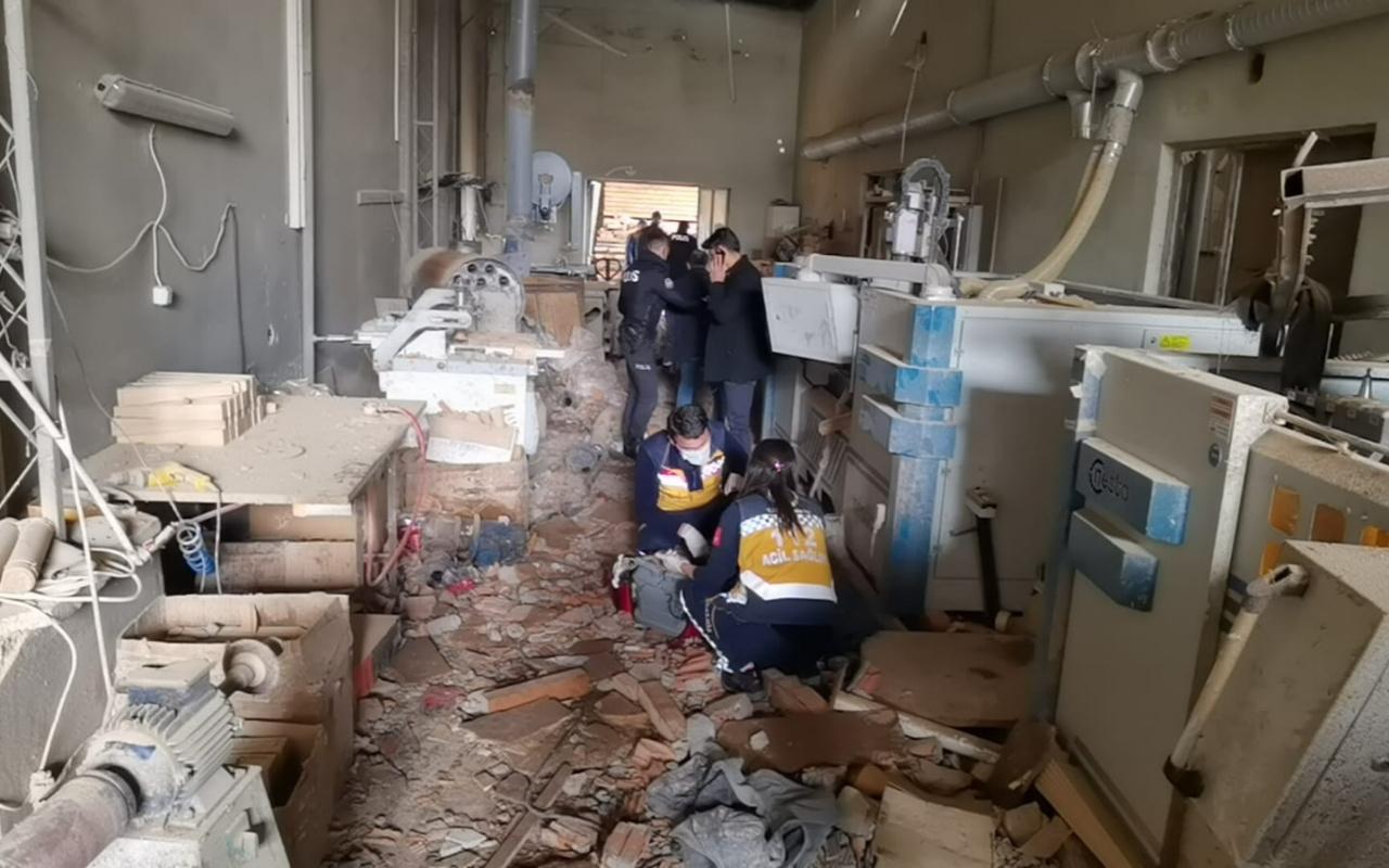 Bursa'da fabrikada buhar kazanı patladı! 1 işçi ölü çok sayıda yaralı var