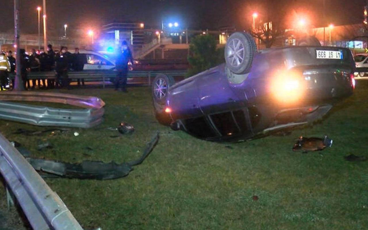 İstanbul'da polisten kaçan araç takla attı