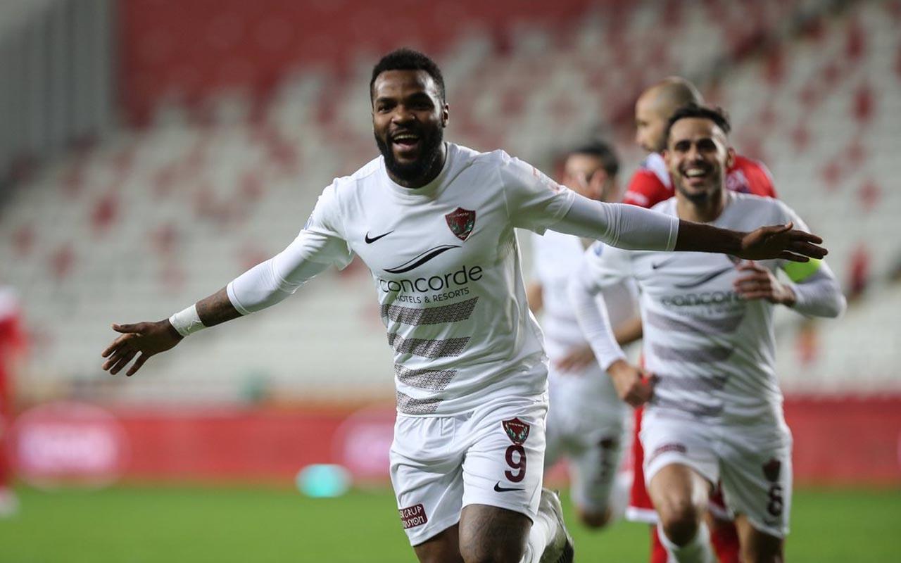 Hatayspor golcüsü Boupendza'yı Krasnador'a sattı