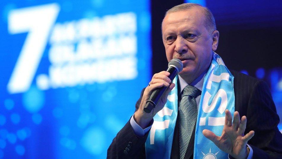 Cumhurbaşkanı Recep Tayyip Erdoğan kaç yaşına girdi doğum günü gündem oldu