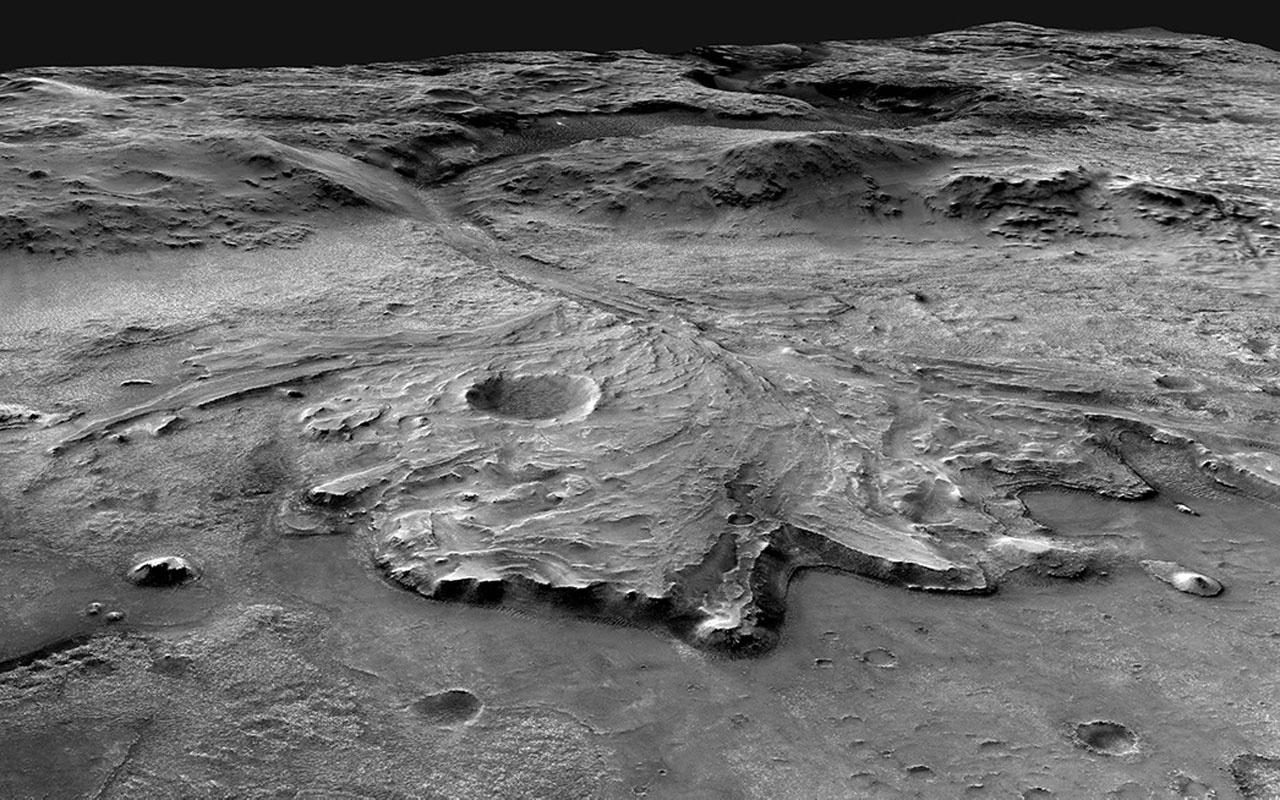 Perseverance keşif aracı Mars'taki iniş bölgesinin panoramasını kayda aldı