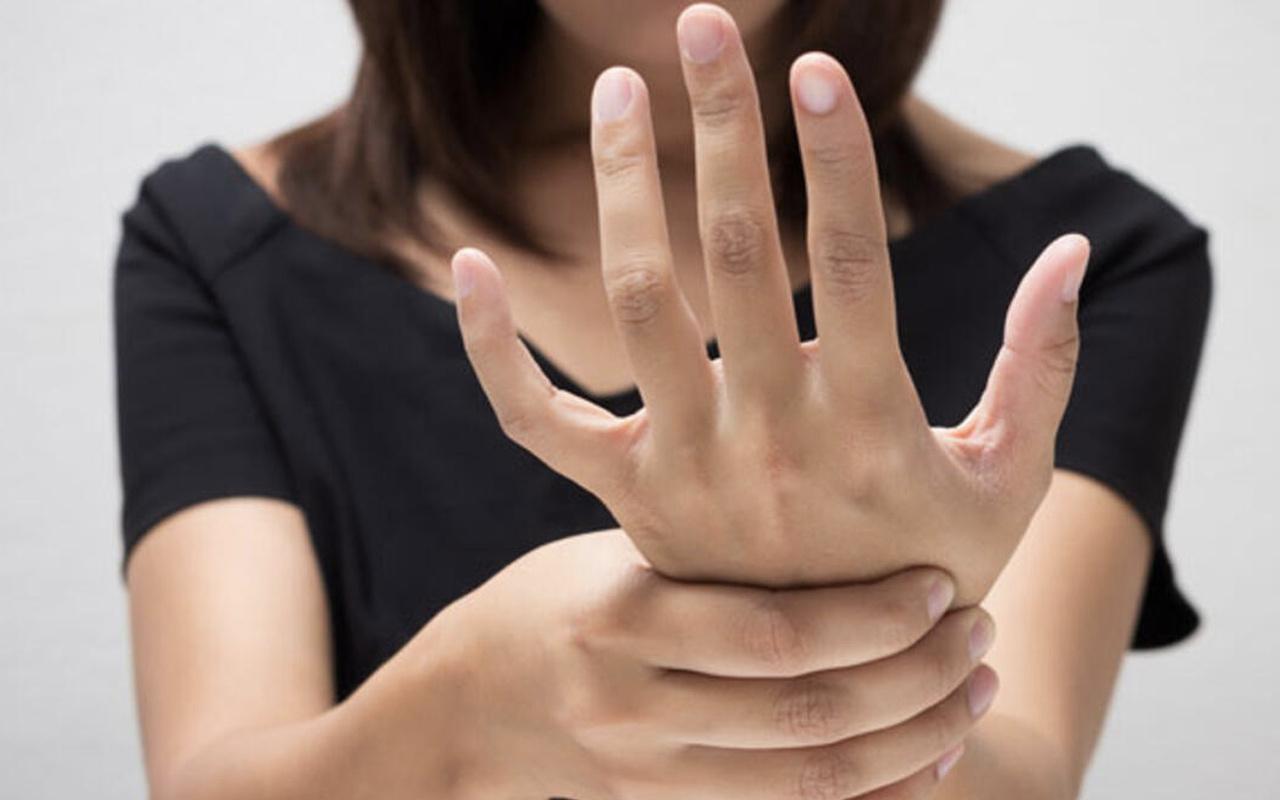 Ellerde uyuşma karıncalanma hissi neden olur hastalık habercisi mi?