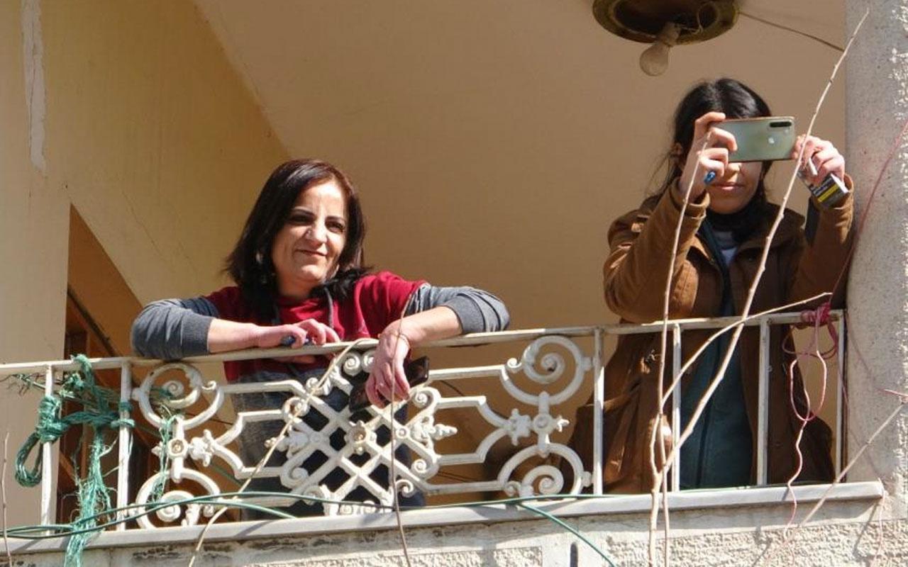 HDP'li kadının Vanlı acılı annelere gülerek cevap vermesi pes dedirtti