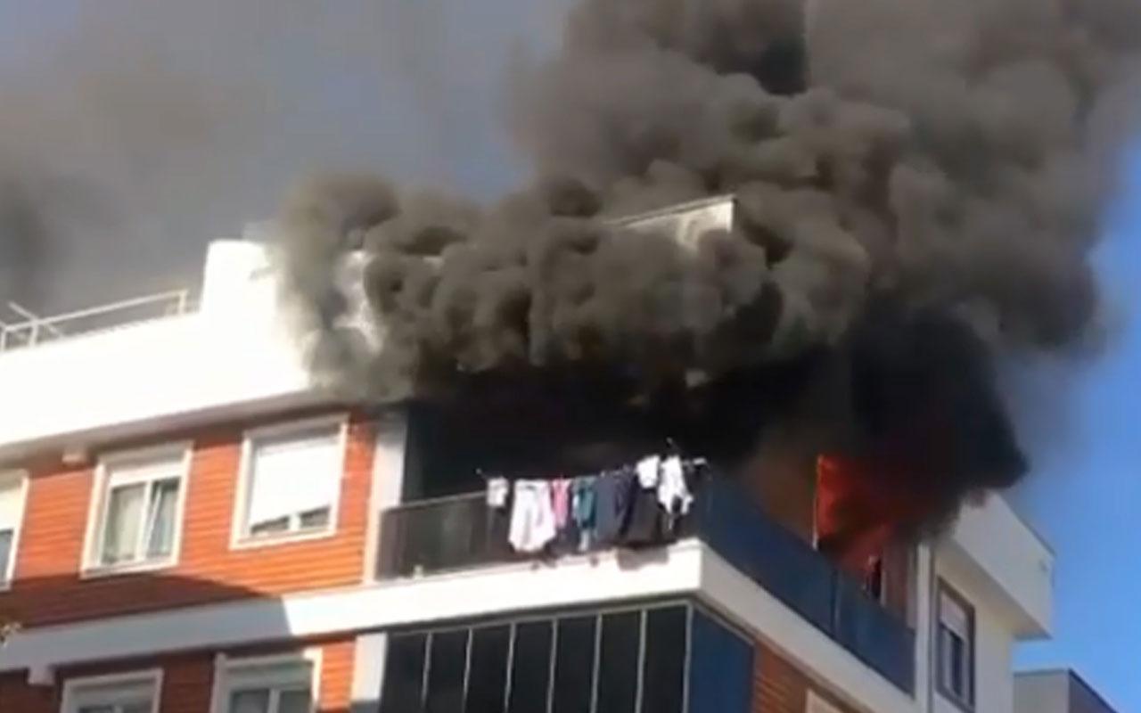 Antalya'da genç kadın ev yangınında feci şekilde can verdi