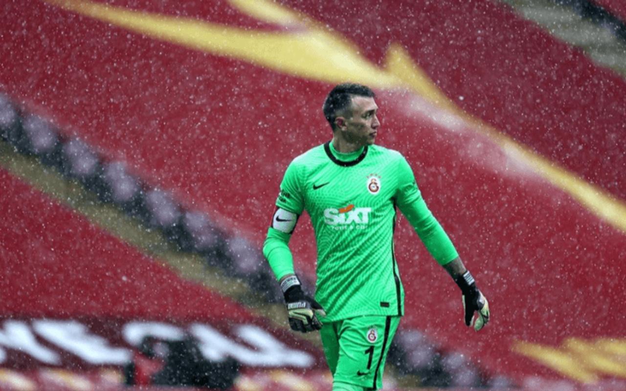 Galatasaray'ın kalecisi Fernando Muslera'dan yeni rekor