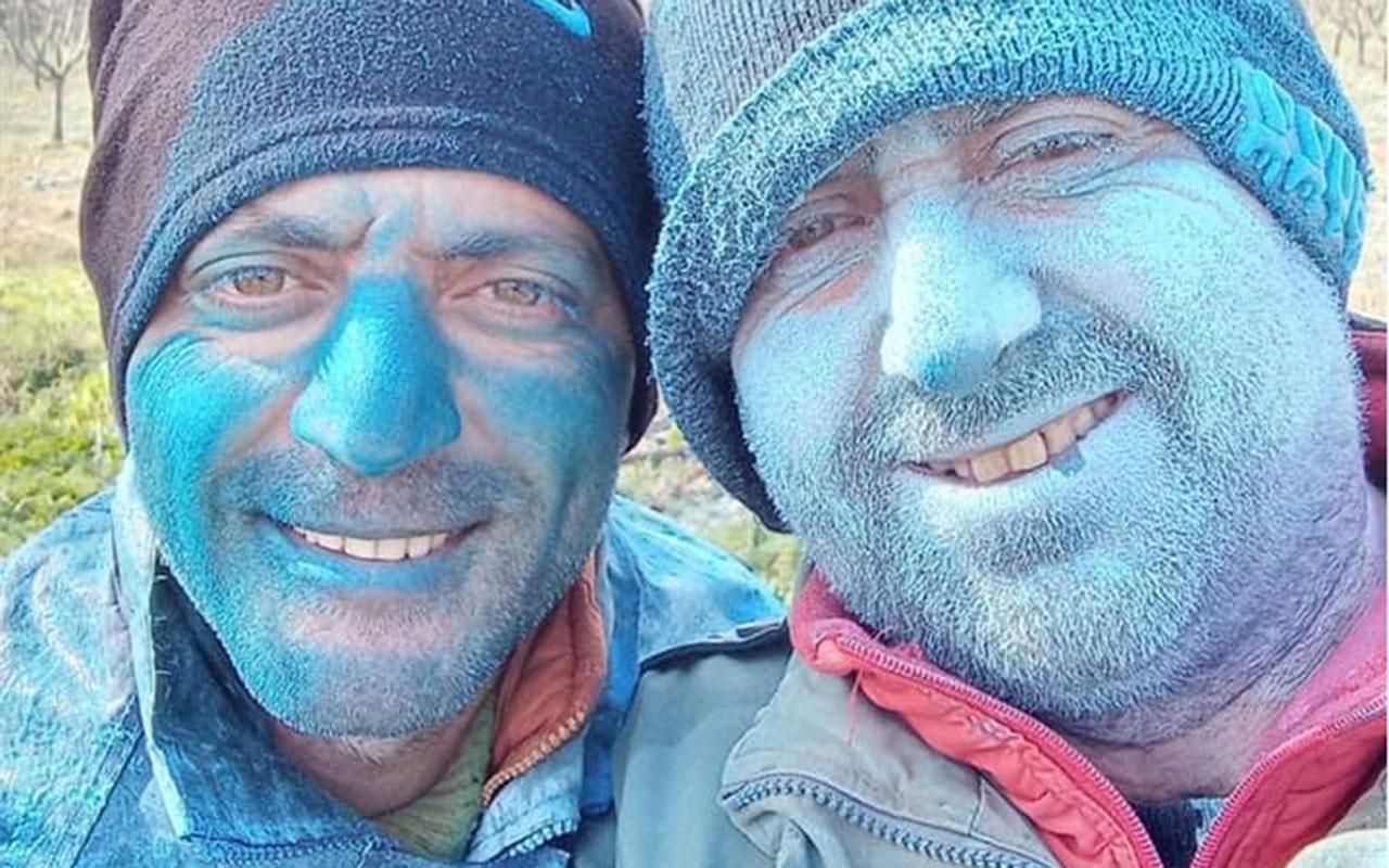 İznikli çiftçileri görenler şaştı kaldı! Ağaçlarını ilaçlayınca kendileri maviye dönüştü