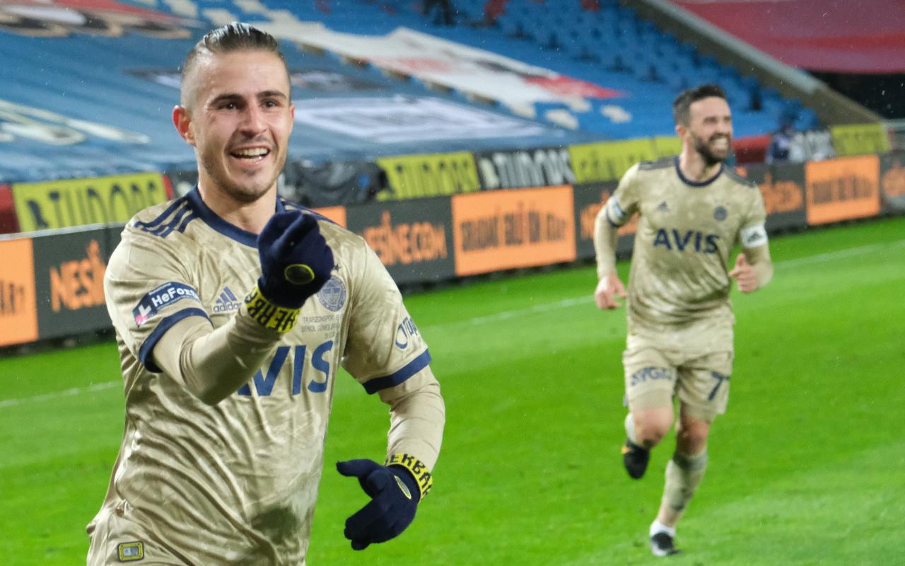 Pelkas, Konyaspor maçında sakatlanarak hastaneye kaldırıldı