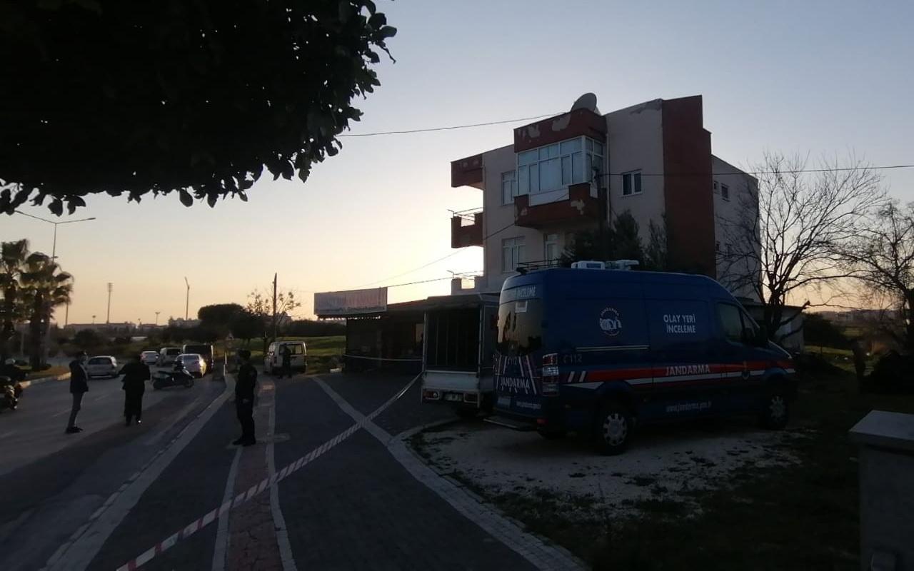 Antalya'da şizofren genç annesini bıçaklayarak öldürdü