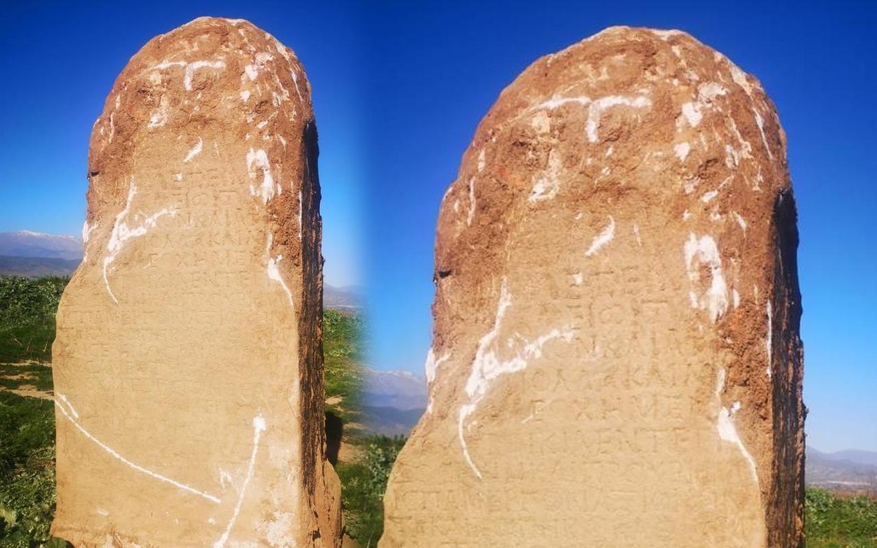 İzmir'de tarlada buldu! Üstünde Yunan alfabesiyle yazılmış yazılar var